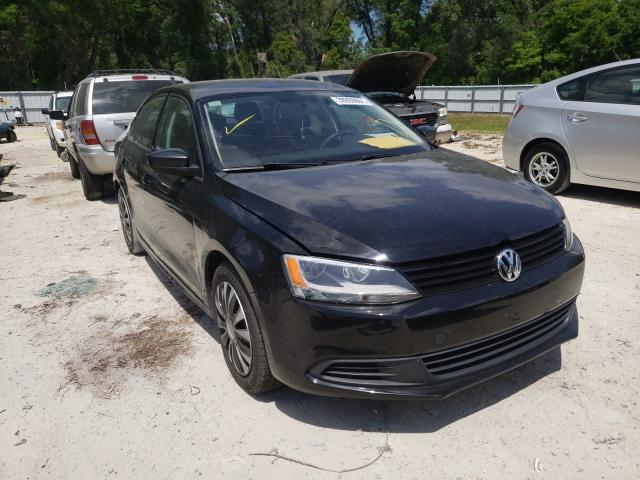 Salvage cars for sale from Copart Ocala, FL: 2014 Volkswagen Jetta Base