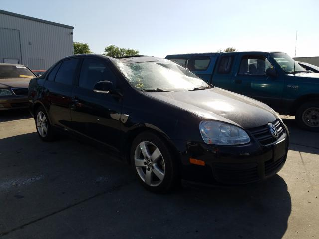 Salvage cars for sale from Copart Sacramento, CA: 2010 Volkswagen Jetta Wolf
