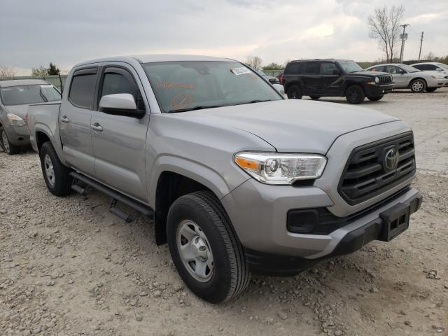 Salvage cars for sale from Copart Kansas City, KS: 2018 Toyota Tacoma DOU