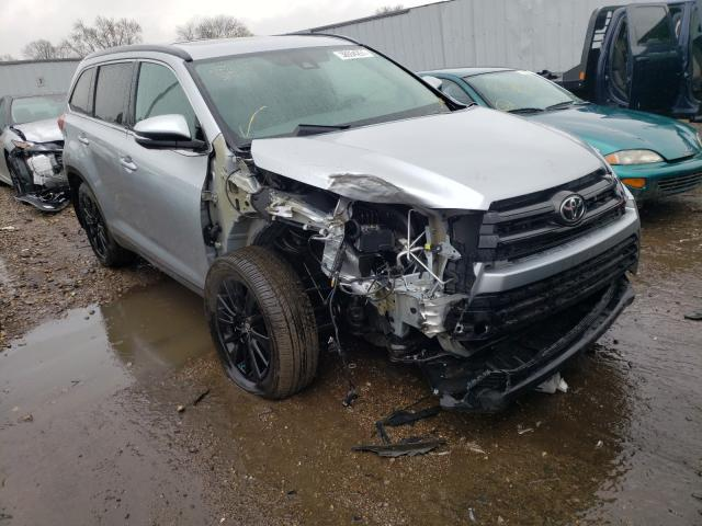 Salvage cars for sale from Copart Cudahy, WI: 2019 Toyota Highlander