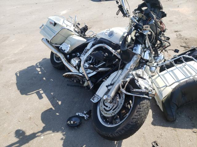 Salvage cars for sale from Copart Dunn, NC: 2002 Harley-Davidson Flhtcui