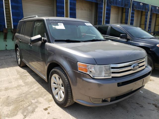 Salvage cars for sale from Copart Columbus, OH: 2009 Ford Flex SE