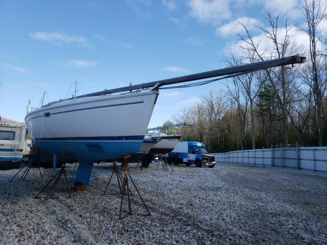 Salvage boats for sale at West Warren, MA auction: 1999 Coachmen 320 Sloop