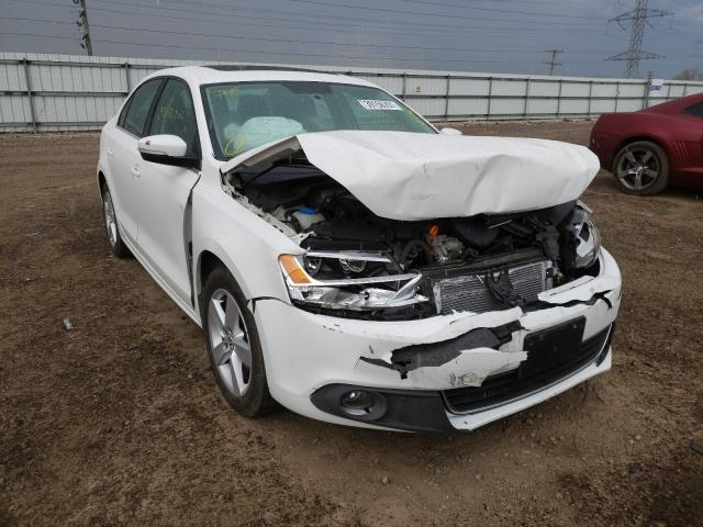 Salvage cars for sale from Copart Elgin, IL: 2011 Volkswagen Jetta TDI