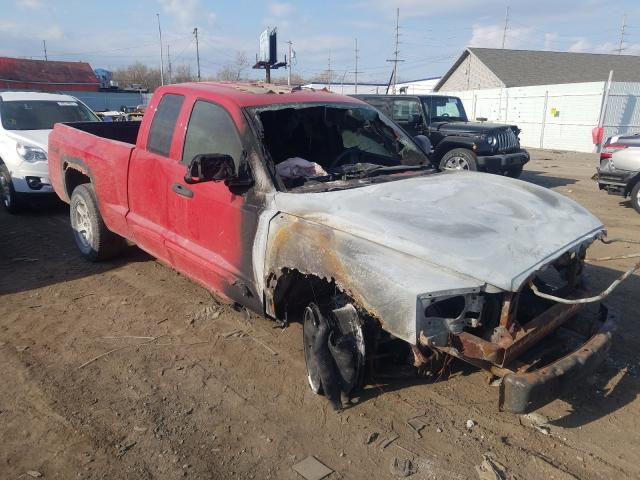 Salvage cars for sale from Copart Hammond, IN: 2005 Dodge Dakota SLT