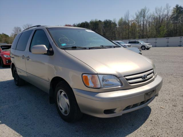 Salvage cars for sale from Copart Fredericksburg, VA: 2002 Toyota Sienna LE