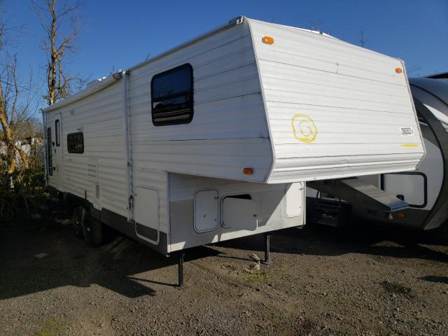 Komfort salvage cars for sale: 2004 Komfort Travel Trailer