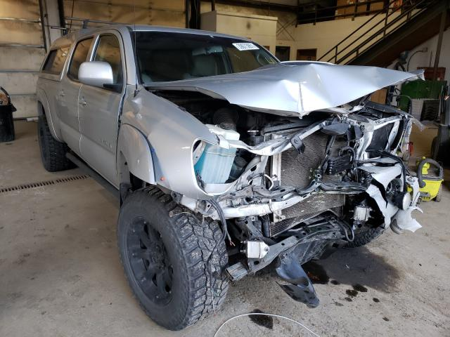 Salvage cars for sale from Copart Graham, WA: 2011 Toyota Tacoma DOU
