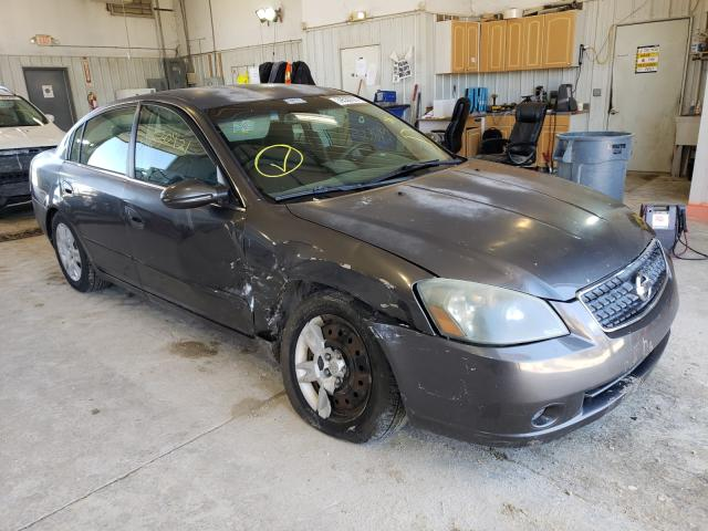 Salvage cars for sale from Copart Columbia, MO: 2005 Nissan Altima S