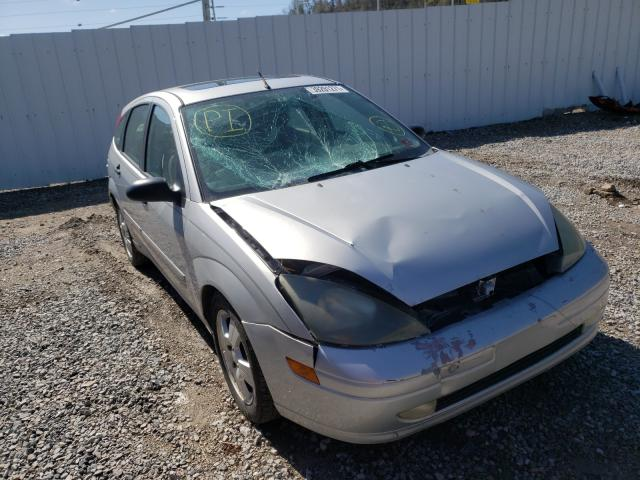 Salvage cars for sale from Copart Hurricane, WV: 2003 Ford Focus ZX5