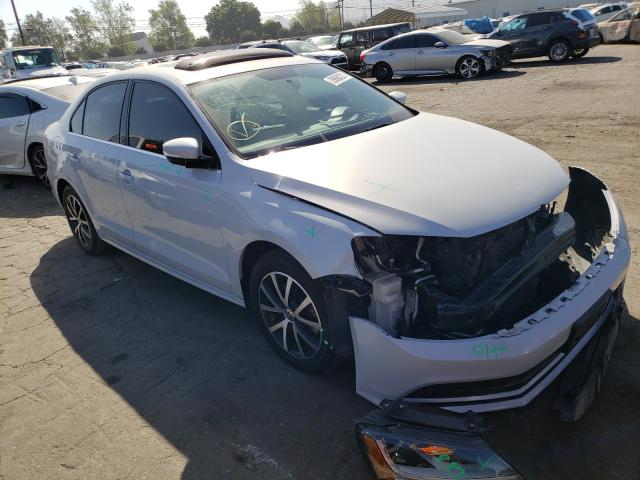 Salvage cars for sale from Copart Colton, CA: 2017 Volkswagen Jetta SE