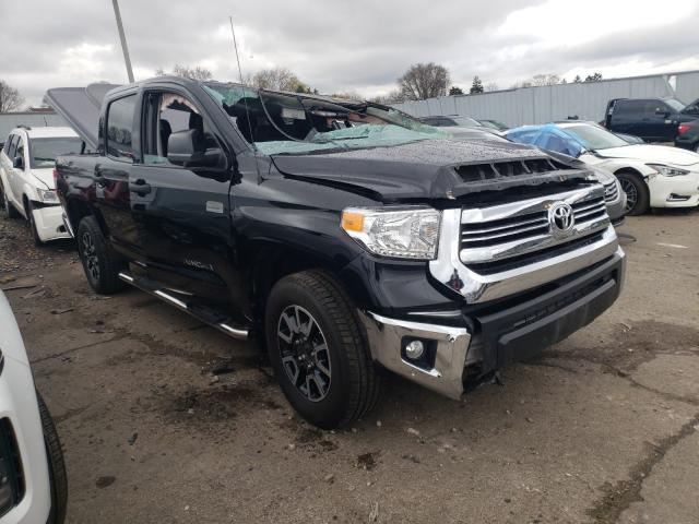 Salvage cars for sale from Copart Cudahy, WI: 2016 Toyota Tundra CRE