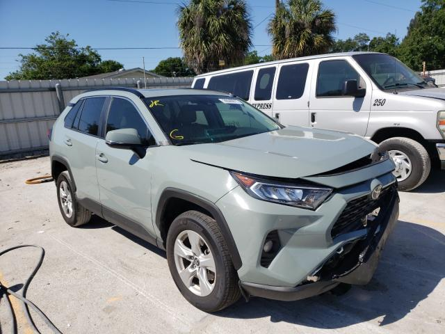 Salvage cars for sale from Copart Punta Gorda, FL: 2020 Toyota Rav4 XLE