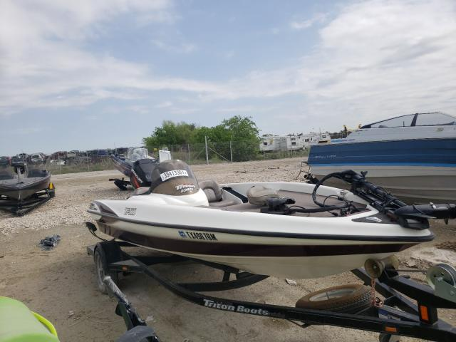 Salvage cars for sale from Copart Grand Prairie, TX: 2004 Triton Boat