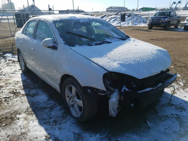 Salvage cars for sale from Copart Nisku, AB: 2008 Volkswagen Jetta S