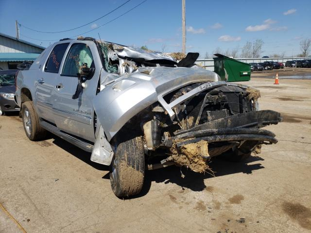 Salvage cars for sale from Copart Pekin, IL: 2013 Chevrolet Avalanche