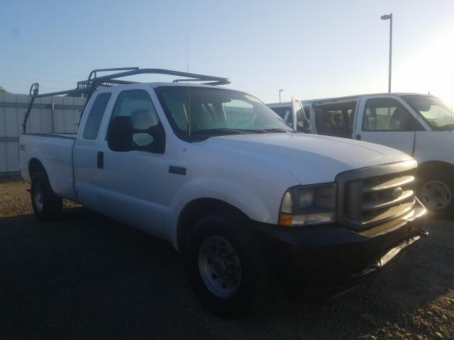 Salvage cars for sale from Copart Sacramento, CA: 2003 Ford F250 Super