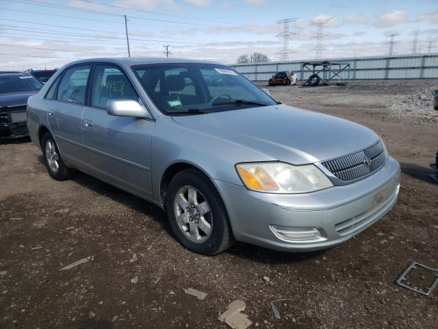 Salvage cars for sale from Copart Elgin, IL: 2000 Toyota Avalon