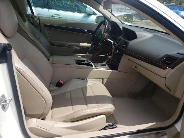 2010 MERCEDES-BENZ E 350 - Left Rear View