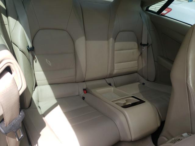 2010 MERCEDES-BENZ E 350 - Interior View
