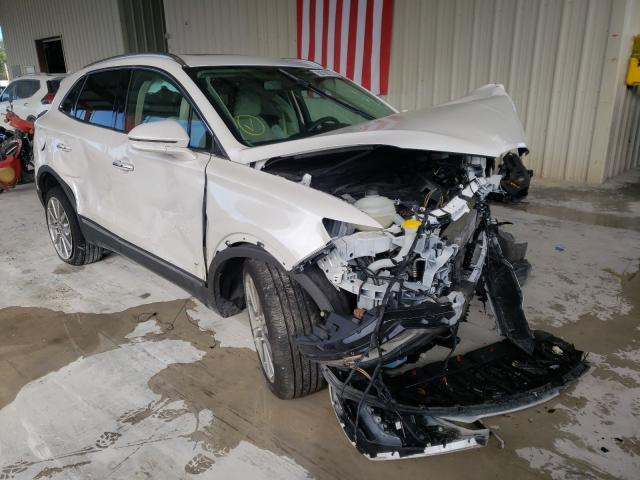 Salvage cars for sale from Copart Homestead, FL: 2019 Lincoln MKC Reserv