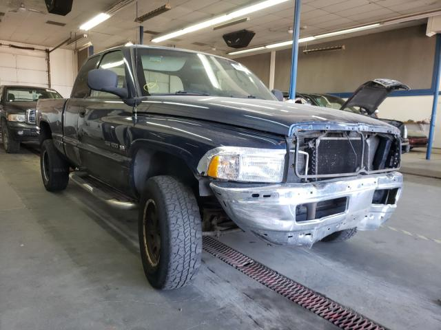 Salvage cars for sale from Copart Pasco, WA: 2001 Dodge RAM 1500