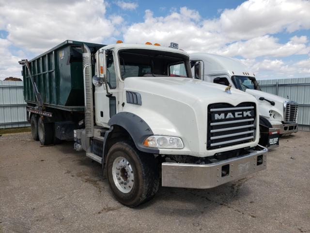 Mack Vehiculos salvage en venta: 2017 Mack 800 GU800