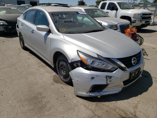 Salvage cars for sale from Copart Bakersfield, CA: 2016 Nissan Altima 2.5