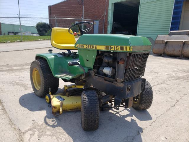 Salvage cars for sale from Copart Columbus, OH: 1983 John Deere Mower