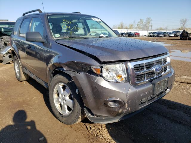 Salvage cars for sale from Copart Pekin, IL: 2010 Ford Escape XLS