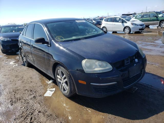 Salvage cars for sale from Copart Brighton, CO: 2005 Volkswagen New Jetta
