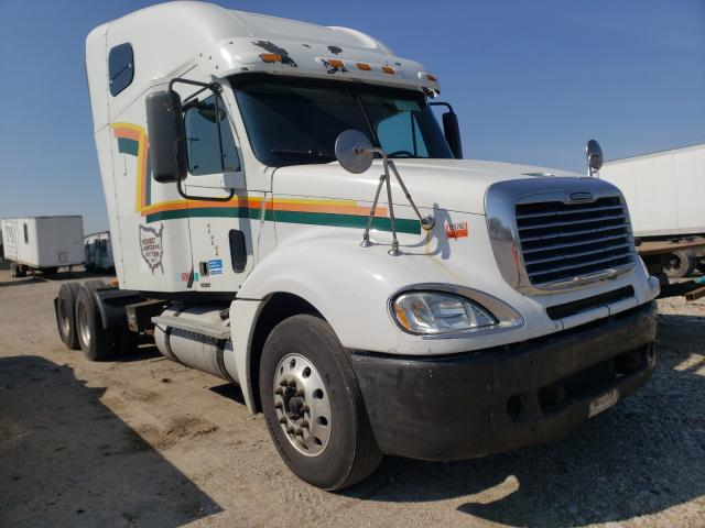 Salvage cars for sale from Copart Columbus, OH: 2007 Freightliner Convention