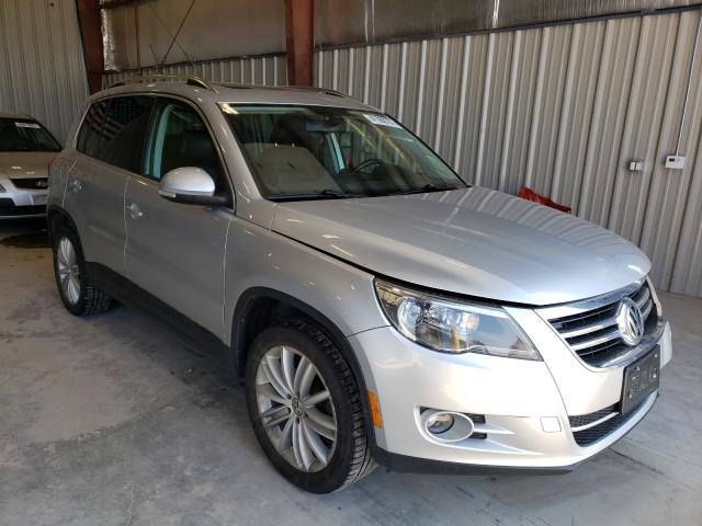 Salvage cars for sale from Copart Appleton, WI: 2011 Volkswagen Tiguan S