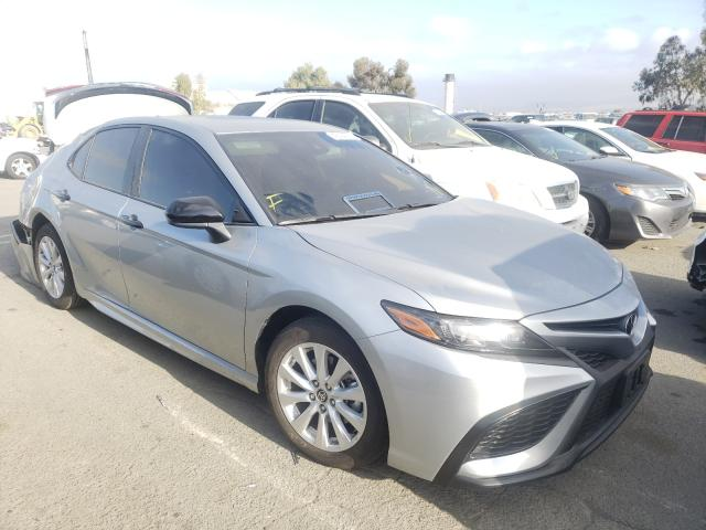 Salvage cars for sale from Copart Martinez, CA: 2021 Toyota Camry SE