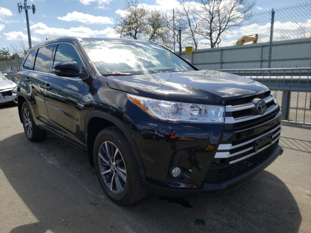 Salvage cars for sale at Brookhaven, NY auction: 2018 Toyota Highlander