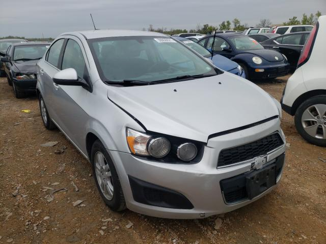 Salvage cars for sale from Copart Bridgeton, MO: 2015 Chevrolet Sonic LT