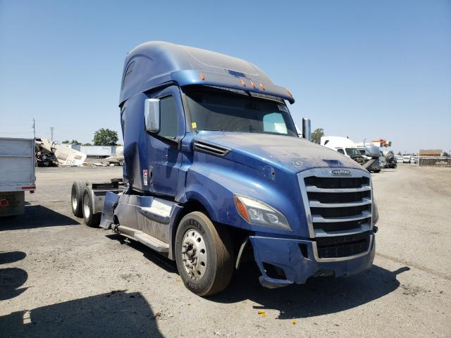 Salvage cars for sale from Copart Bakersfield, CA: 2019 Freightliner Cascadia 1