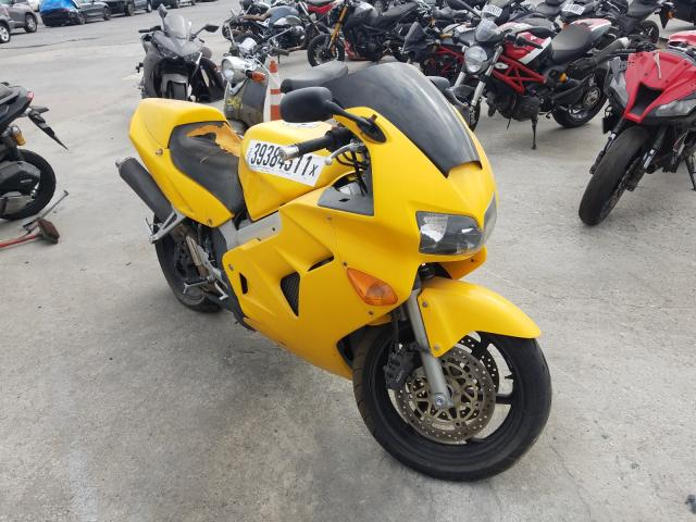 Salvage cars for sale from Copart Sun Valley, CA: 2000 Honda VFR800 F1