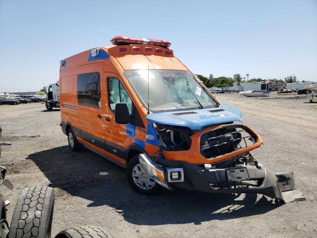 Salvage cars for sale from Copart Bakersfield, CA: 2017 Ford Transit T