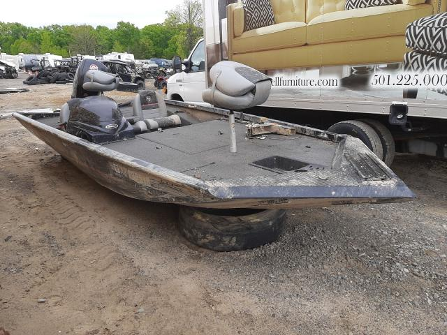 Salvage boats for sale at Conway, AR auction: 2018 Triton Boat
