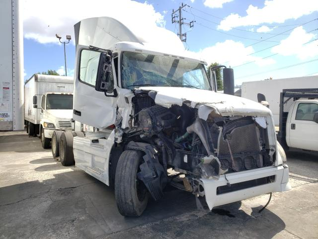 Salvage cars for sale from Copart Wilmington, CA: 2014 Volvo VN VNL