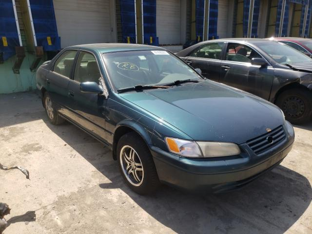 Salvage cars for sale from Copart Columbus, OH: 1997 Toyota Camry CE