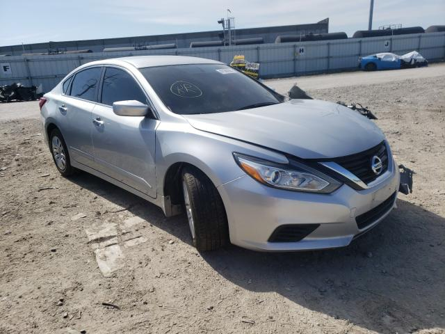 Salvage cars for sale from Copart Columbus, OH: 2016 Nissan Altima 2.5