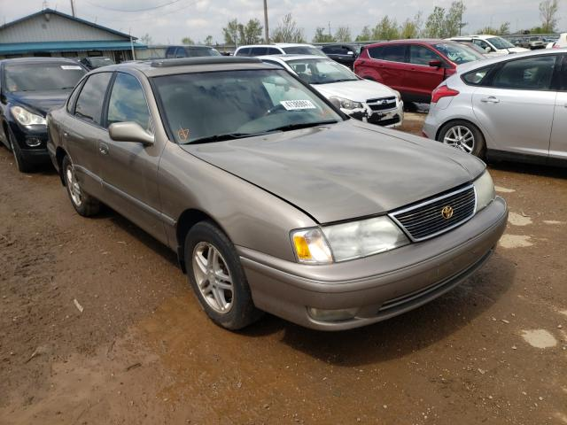 Salvage cars for sale from Copart Pekin, IL: 1999 Toyota Avalon XL