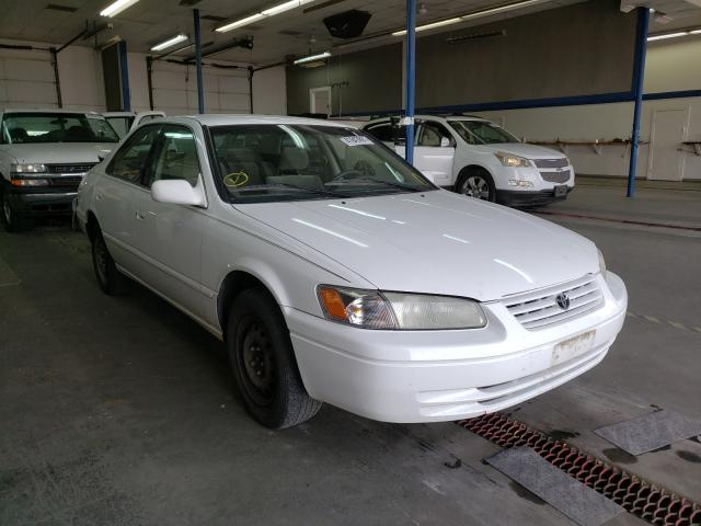 Salvage cars for sale from Copart Pasco, WA: 1998 Toyota Camry CE