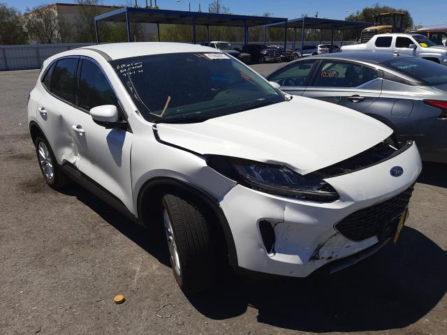 Salvage cars for sale from Copart Las Vegas, NV: 2020 Ford Escape SE