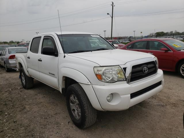 Salvage trucks for sale at Indianapolis, IN auction: 2007 Toyota Tacoma DOU