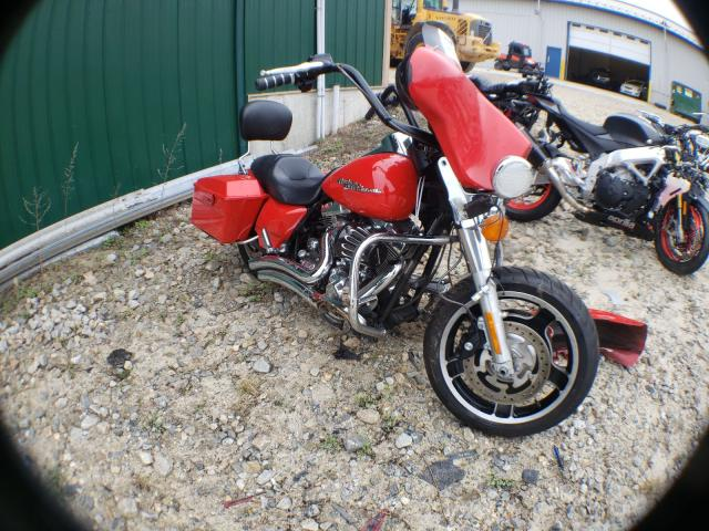 Salvage motorcycles for sale at Candia, NH auction: 2010 Harley-Davidson Flhx