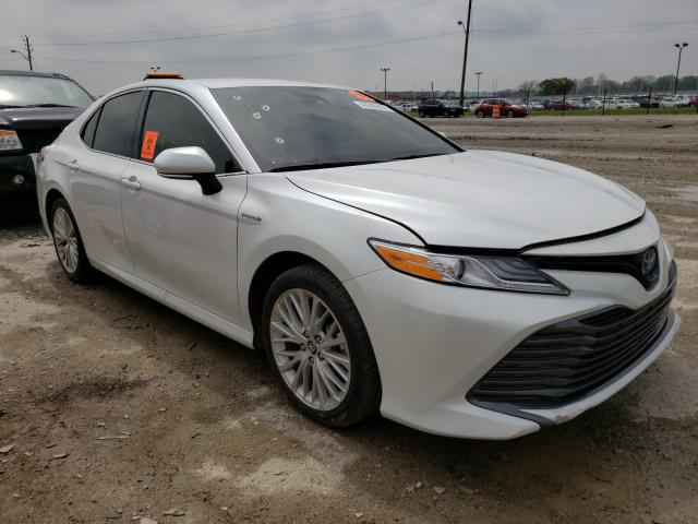 Salvage cars for sale from Copart Indianapolis, IN: 2019 Toyota Camry Hybrid