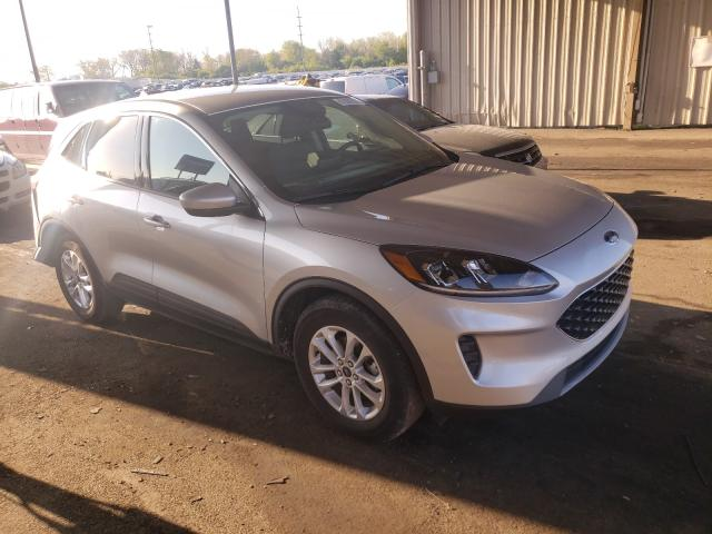Salvage cars for sale from Copart Fort Wayne, IN: 2020 Ford Escape SE